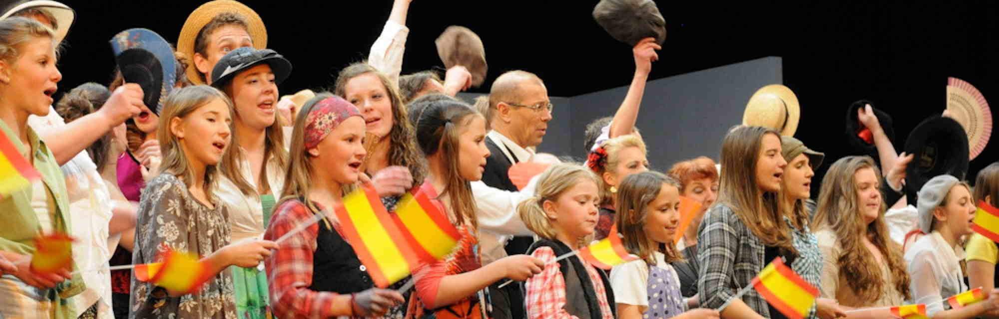 Choir during the Carmen performance
